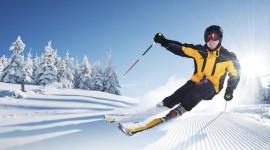 Skiing Desktop Wallpaper