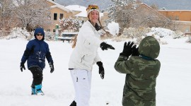 Snowball Fight Wallpaper Download