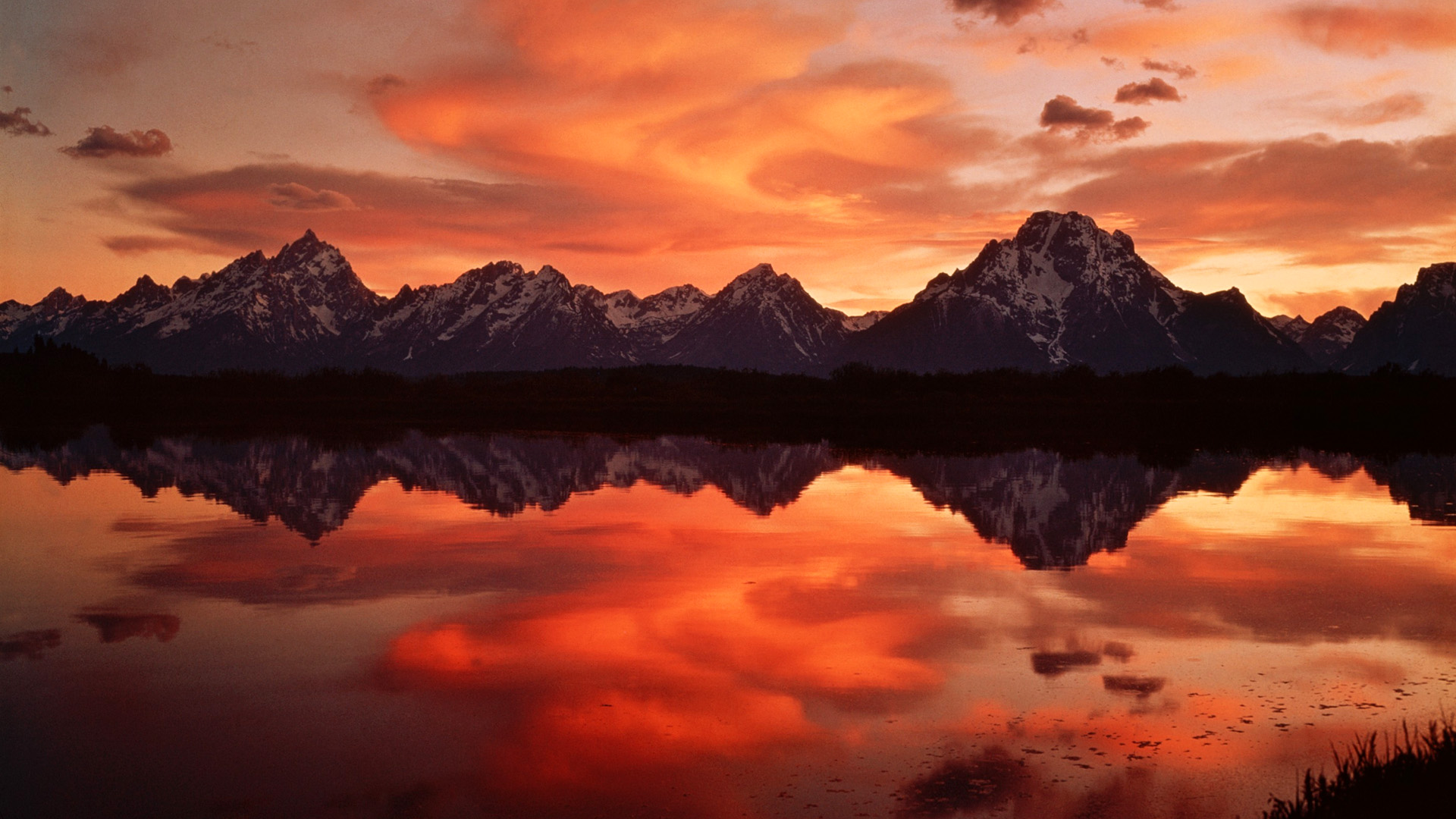 sunset in the mountains wallpapers high quality download