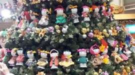 Unusual Christmas Trees For IPhone#1