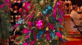 Unusual Christmas Trees For IPhone#2