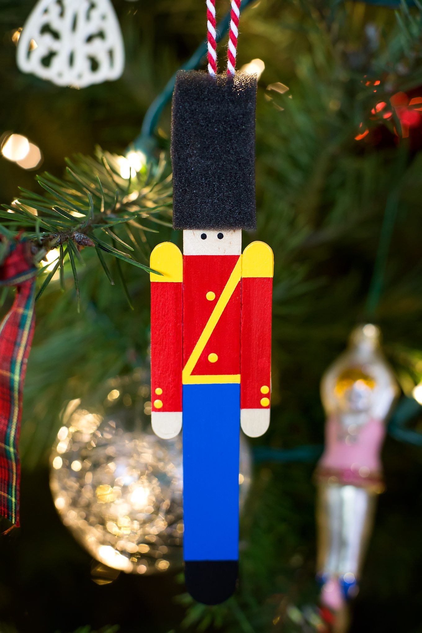 wooden soldiers wallpaper for iphone - Christmas Decorations Wooden Soldiers