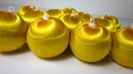 Yellow Christmas Balls Photo Download