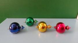 Yellow Christmas Balls Wallpaper Download