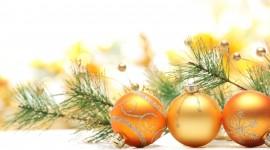 Yellow Christmas Balls Wallpaper HQ