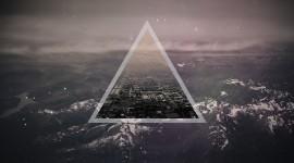 4K Triangle Desktop Wallpaper
