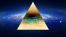 4K Triangle Photo Free