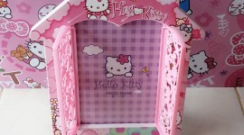 Hello Kitty Photo Frame Wallpaper For Android