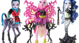 Monster High Freaky Fusion Wallpaper Free