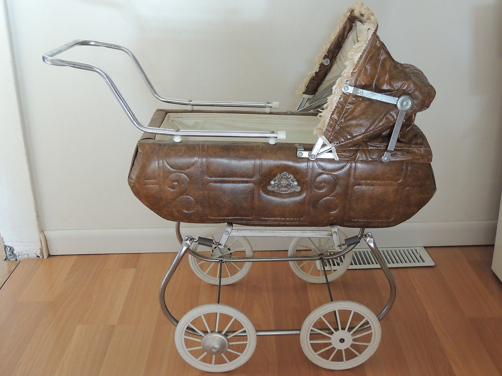Vintage Strollers Wallpapers High Quality Download Free
