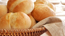 4K Basket With Bread Photo Download#1