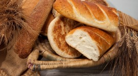 4K Basket With Bread Wallpaper For PC