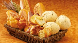 4K Basket With Bread Wallpaper Full HD