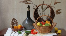 4K Basket With Vegetables Photo Free