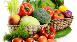 4K Basket With Vegetables Wallpaper