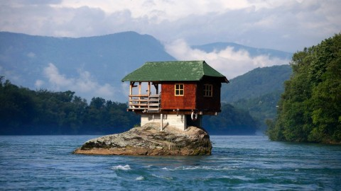 A House On The Water wallpapers high quality