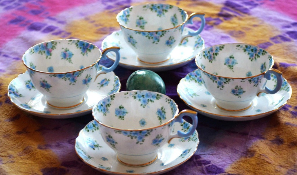 Blue Dishes wallpapers HD