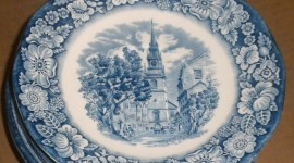 Blue Dishes Desktop Wallpaper