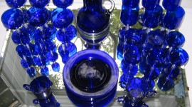 Blue Dishes Wallpaper