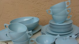 Blue Dishes Wallpaper Free