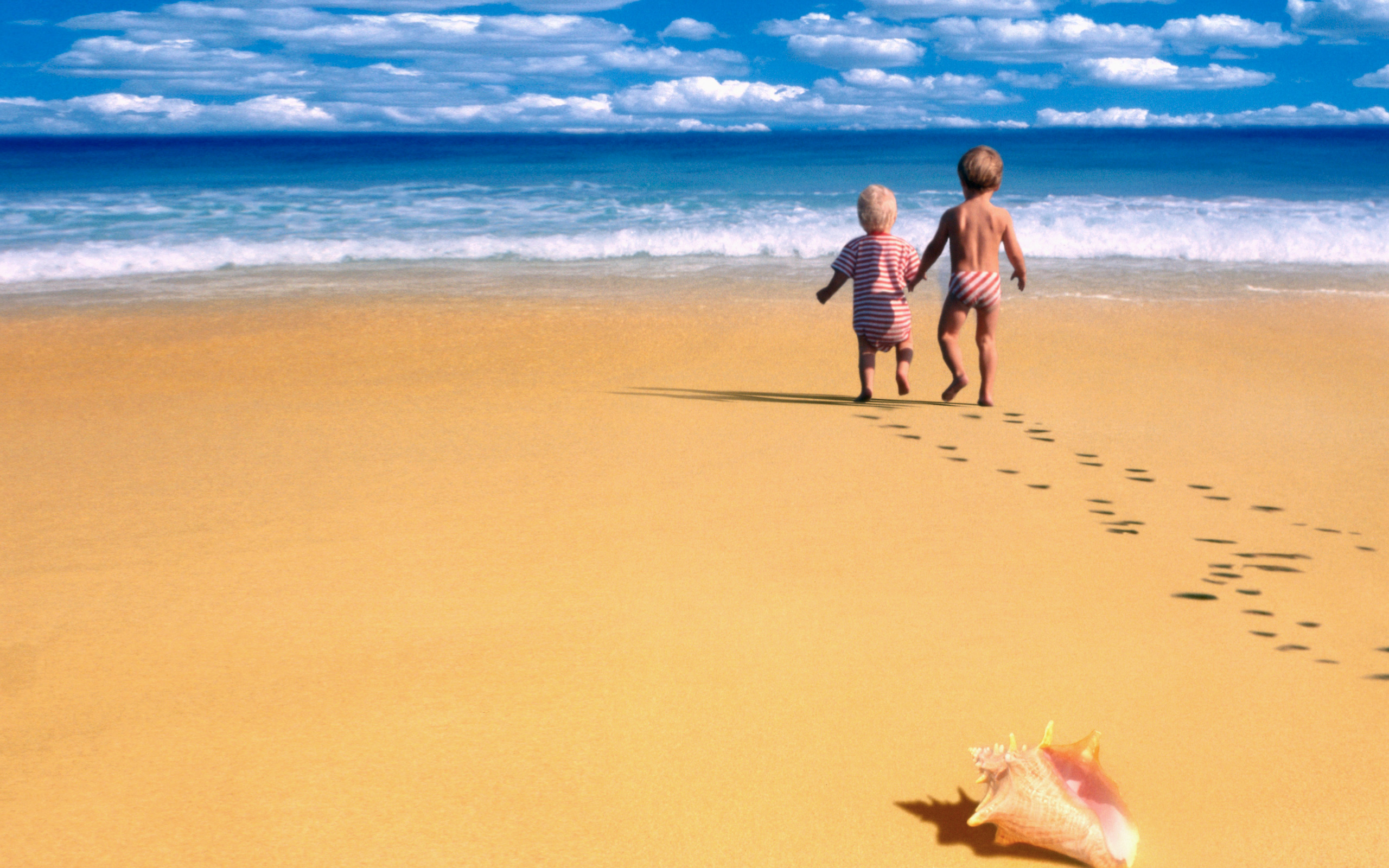 Children By The Seashore Wallpapers