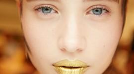 Golden Lips Photo Download