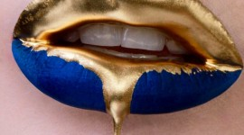 Golden Lips Wallpaper For IPhone