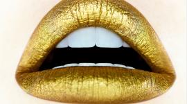 Golden Lips Wallpaper Free
