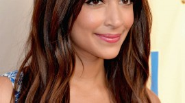 Hannah Simone High Quality Wallpaper