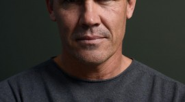 Josh Brolin Wallpaper For IPhone 6