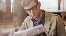Read A Newspaper Desktop Wallpaper For PC