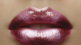 Shiny Lips Wallpaper Free