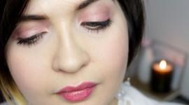Spring Make-Up Wallpaper Free