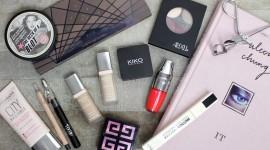 Spring Make-Up Wallpaper Gallery