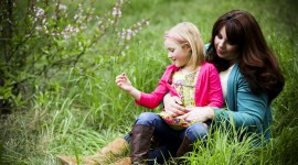 Spring Photo Shoot Kids Wallpaper Free