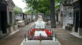 Cemetery In Paris Wallpaper For PC