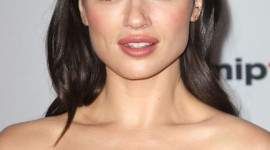 Crystal Reed Wallpaper For IPhone 6