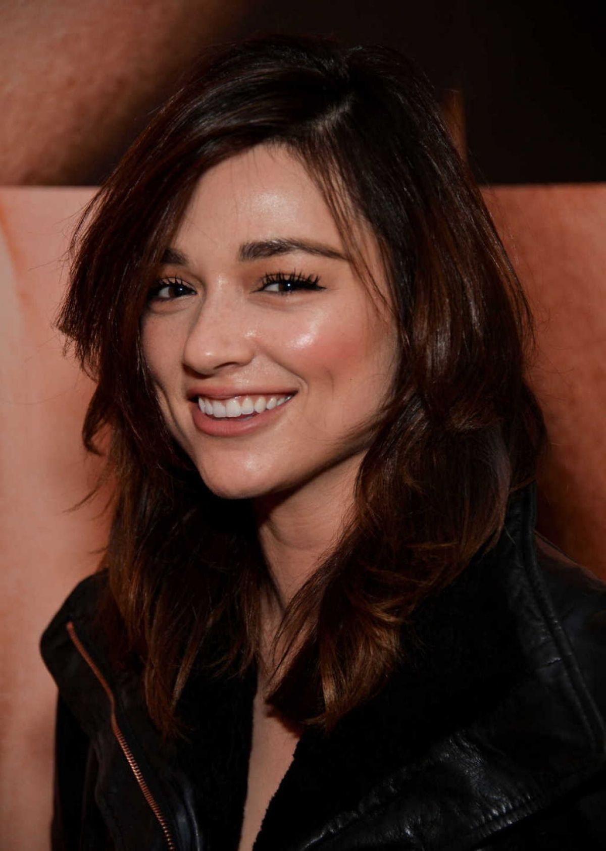 Crystal Reed Wallpapers High Quality | Download Free
