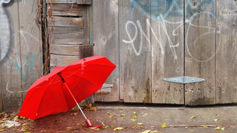 Red Umbrellas wallpapers high quality