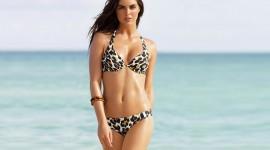 4K Swimsuits Wallpaper Download