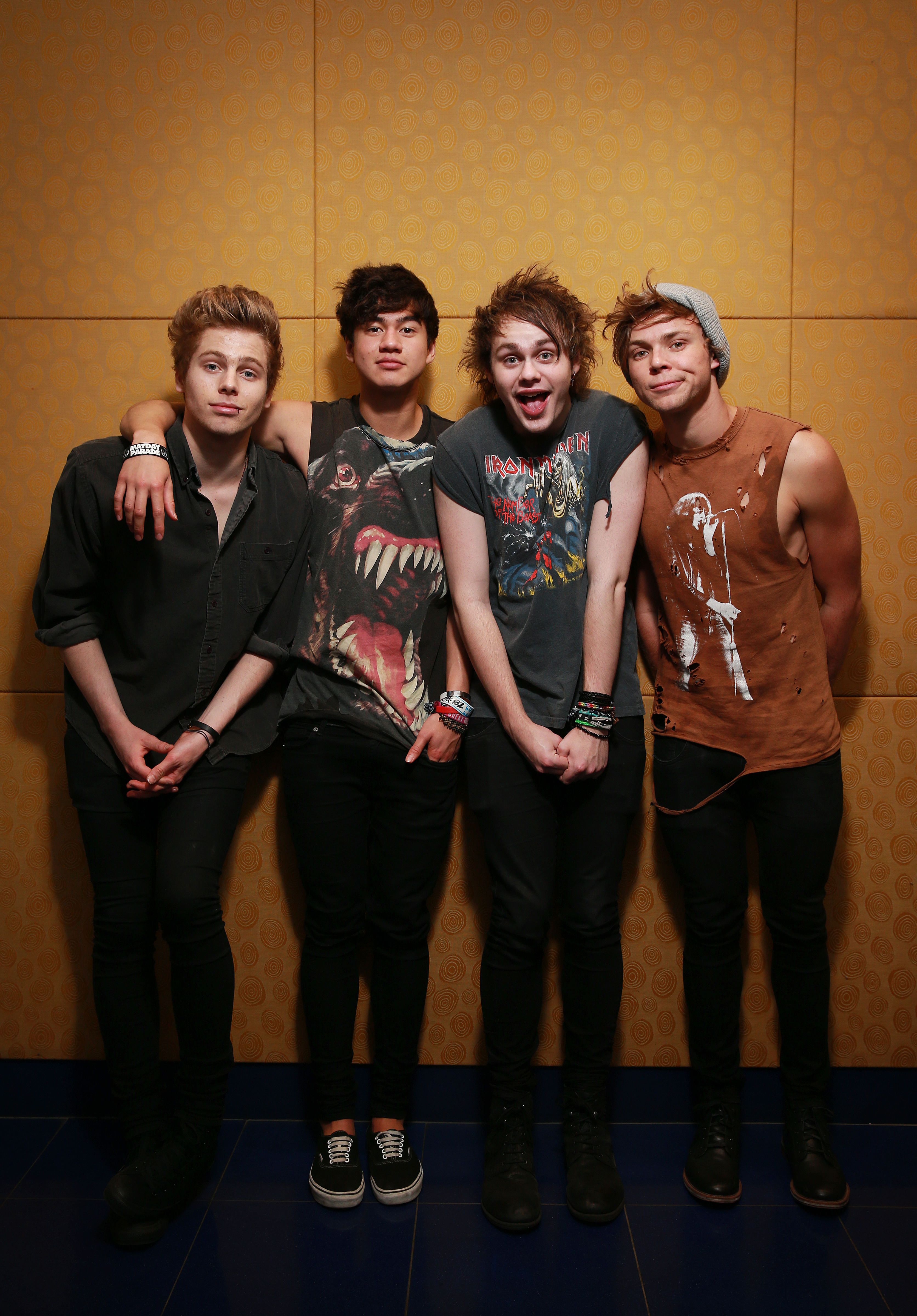 5 Seconds Of Summer Wallpapers High Quality | Download Free