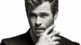 Chris Hemsworth Wallpaper For Desktop