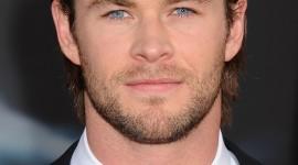 Chris Hemsworth Wallpaper For IPhone Free