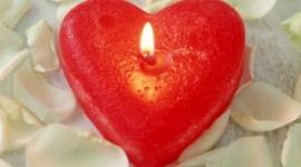 Heart Shaped Candle Wallpaper