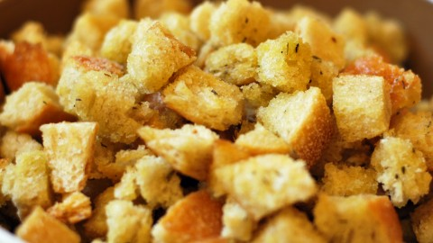 Homemade Croutons With Garlic wallpapers high quality