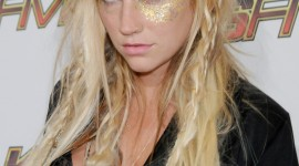 KeSha Wallpaper For IPhone Download