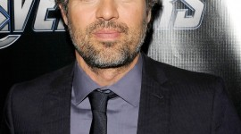 Mark Ruffalo Wallpaper For IPhone