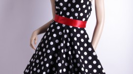 Polka Dot Dress Wallpaper For IPhone