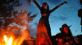 Songs Around The Campfire For IPhone