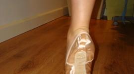 Ballerina Legs Wallpaper For Mobile#1